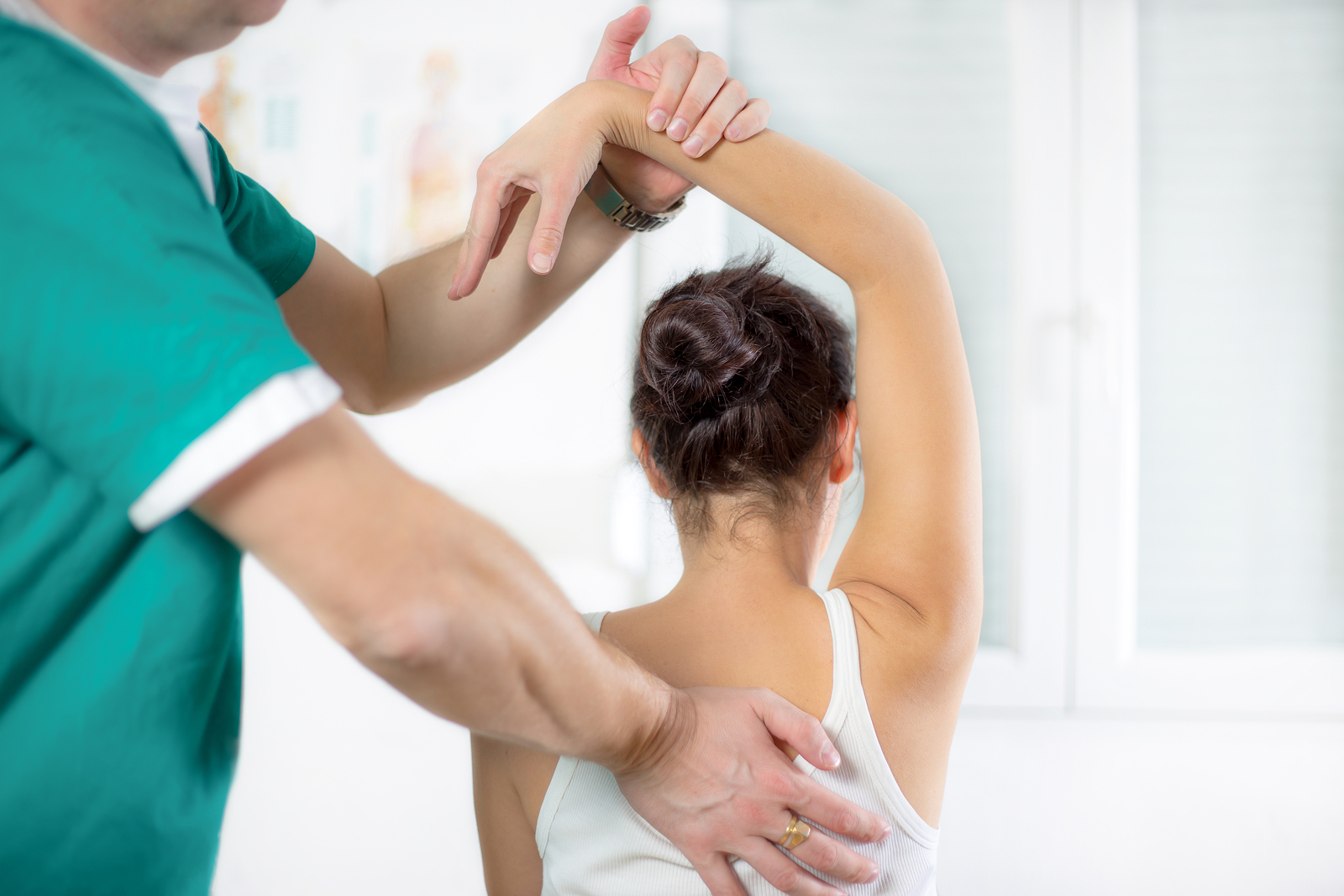 Are you looking for chiropractic or acupuncture services? Learn about the services provided by our chiropractor and acupuncturist in Orlando; call us now!